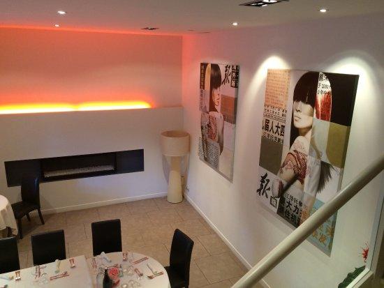 Marvejols, Francia: restaurant classe et raffiné. Les plats sont bien préparés avec un dressage élégant et subtile.