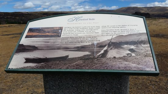 Dallesport, WA: Information at the petroglyph site