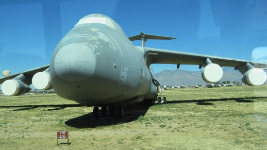 lockheed c 5 galaxy picture of davis monthan air force base