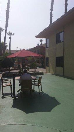 Studio City Court Yard Hotel: TA_IMG_20160624_100200_large.jpg