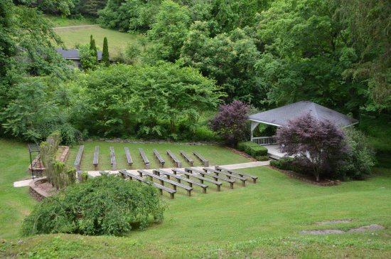 Smithville, TN: Our amphitheater provides a secluded space perfect for private events and gatherings.