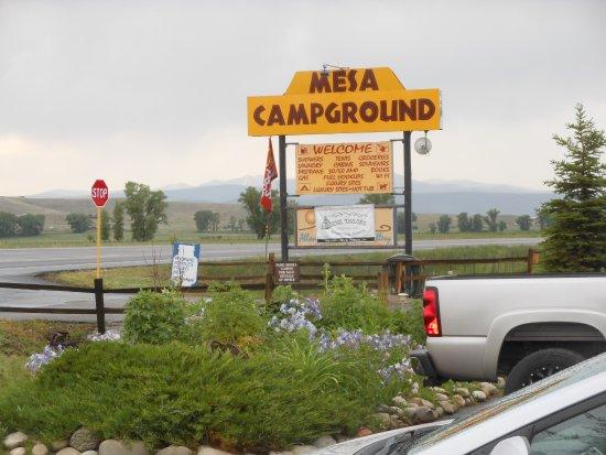 Mesa Campground: Entrance