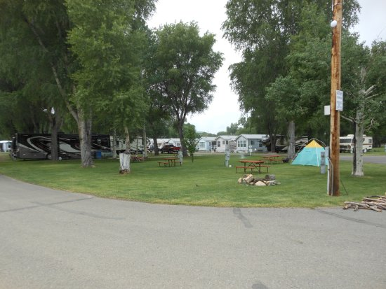 Mesa Campground : Campground from our porch 2