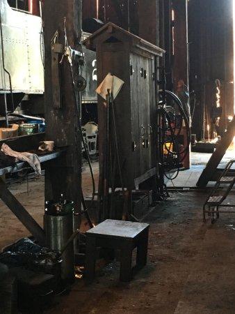 Jamestown, Kalifornia: Inside the Roundhouse