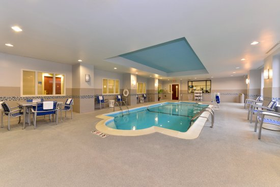 Holiday Inn Express Indianapolis Downtown City Centre: Take a refreshing dip in the pool or a soak in the hot tub