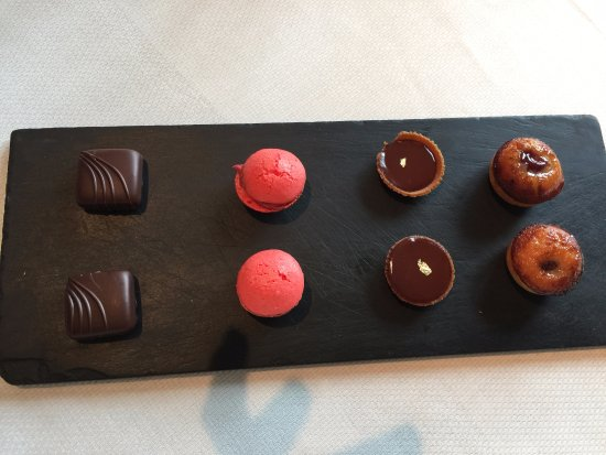 Saint-Sernin-du-Bois, France : Sweet treats to pair with coffee