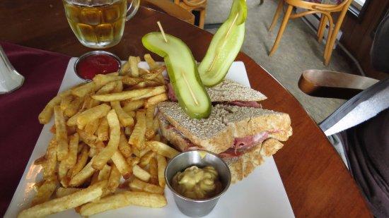 Aldergrove, Canada: Montreal Smoked Beef Sandwich
