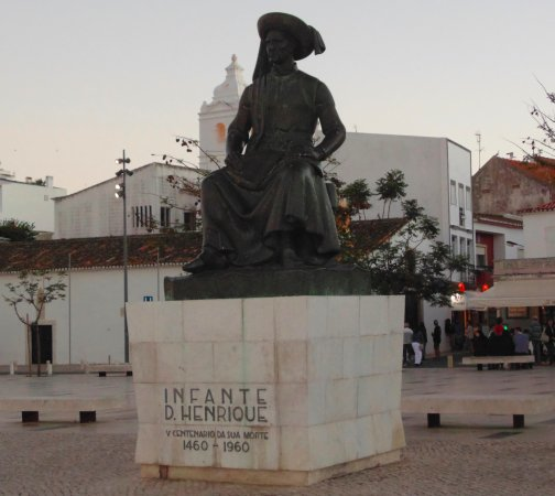 ‪Statue of Infante Dom Henrique‬