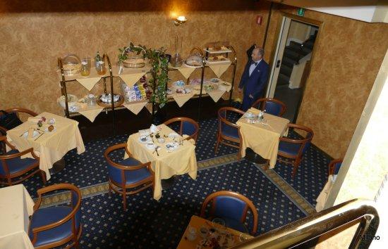 Mentana Hotel: Morgenmadsrestauranten