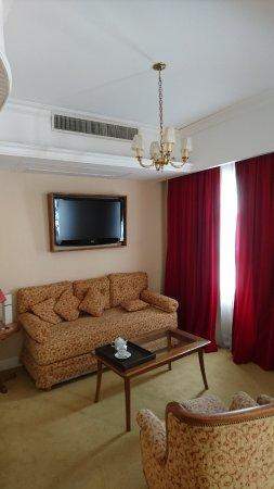 Tanguero Boutique Hotel: sala estar de la habitacion