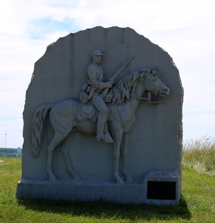 حديقة جيتيسبيرغ الوطنية العسكرية: 17th Pennsylvania Cavalry Memorial