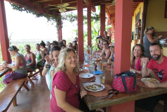 Costa Rica Yoga Spa: A full retreat enjoying lunch
