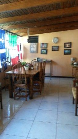 Vida Tropical B and B: Dinning room