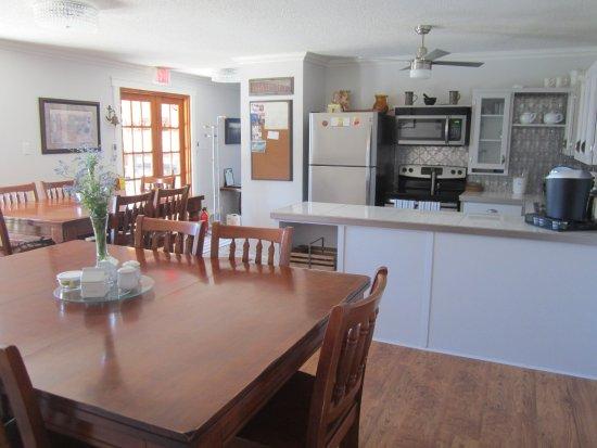 Anchor Down Bed & Breakfast: Gorgeous kitchen