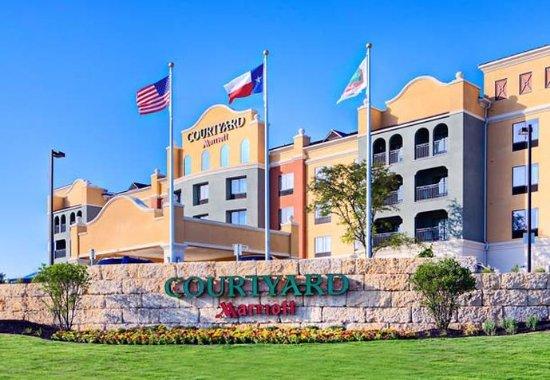 Photo of Courtyard San Antonio SeaWorld/Westover Hills
