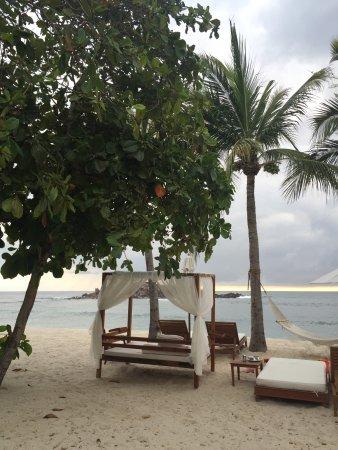The St. Regis Punta Mita Resort: St. Regis hotel, en Punta Mita, Nay. Golf, spa, albercas, cama deliciosa.