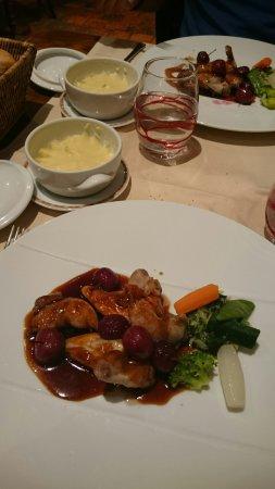 Yvoy le Marron, Frankrike: Auberge du Cheval Blanc