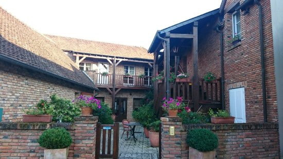 Yvoy le Marron, Francia: Auberge du Cheval Blanc