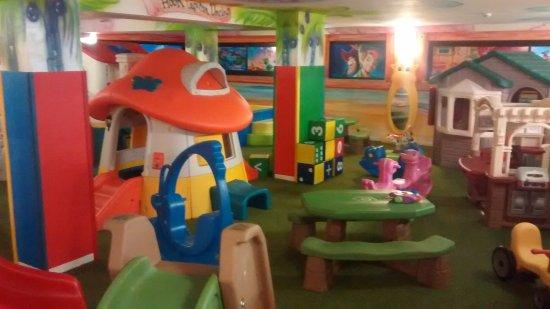Hotel Gardenia: sala giochi nuova