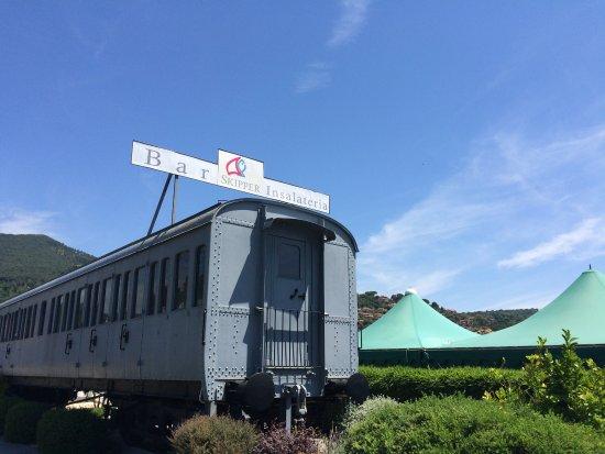 La locomotiva. Aperitivo di fronte al Lago dì Trevignano. Terrazza ...