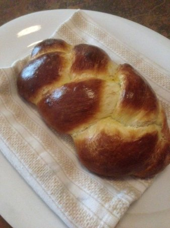 Rooster Hill Bed & Breakfast: Fresh Baked Bread