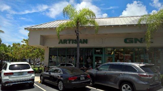 Artisan Kitchen and Bar: Outside shot of the restaurant