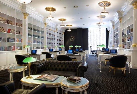 Radisson Royal Hotel Moscow: Library