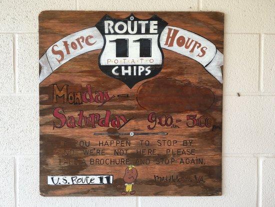 Mount Jackson, VA: Route 11 Potato Chip Factory