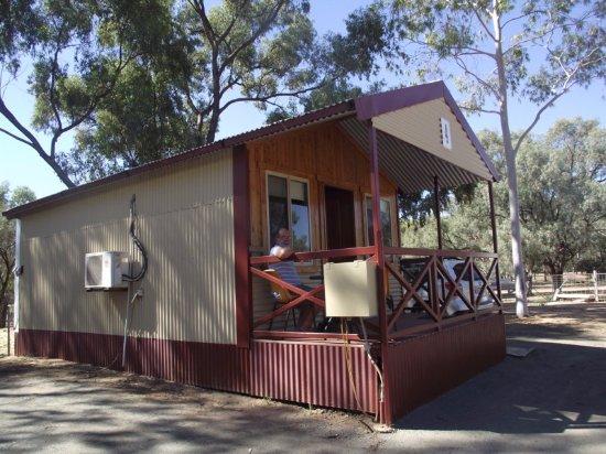 Nyngan, أستراليا: Cabin at Nyngan Riverside