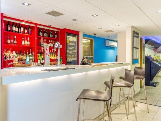 Travelodge London Cricklewood : BarCafe