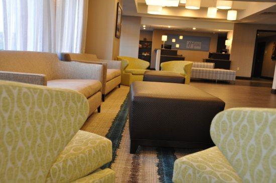 Holiday Inn Express Brentwood-South Cool Springs : Holiday Inn Express Brentwood South Hotel Lobby