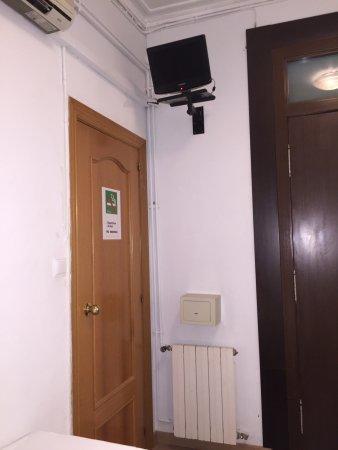 Отель Pension Portugal,номер,душевая,балкон.