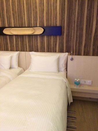 Oasia Hotel Novena, Singapore by Far East Hospitality: photo0.jpg