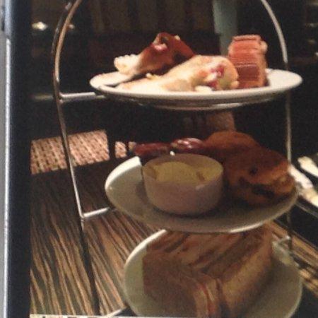 Thistle Kensington Gardens: Afternoon tea