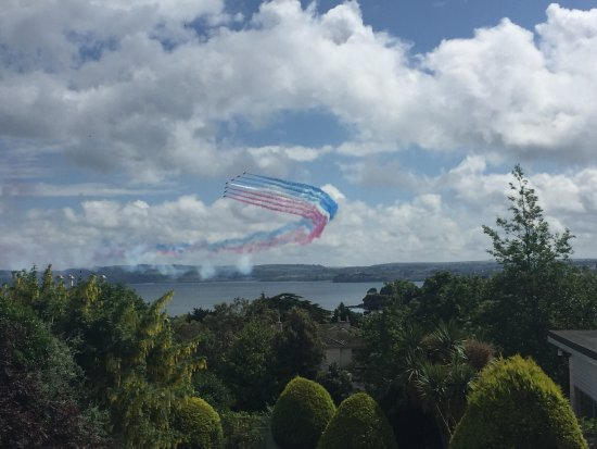 Templestowe Hotel: The View we had at the Templestowe of the Red Arrows