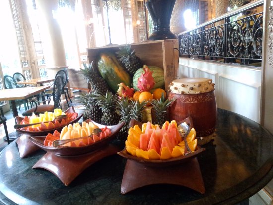 Pavilion Restaurant: Fruit Bar