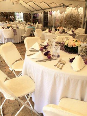 Le Domaine de la Reynaude: salle de mariage
