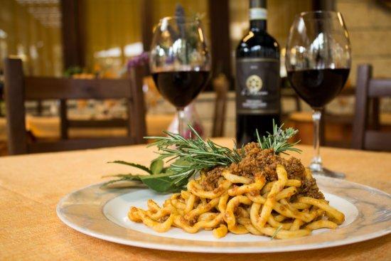 Hotel Tre Stelle: ristorante pici al ragù