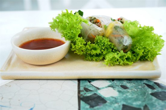 Платис-Ялос, Греция: Everyone loves our spring rolls!