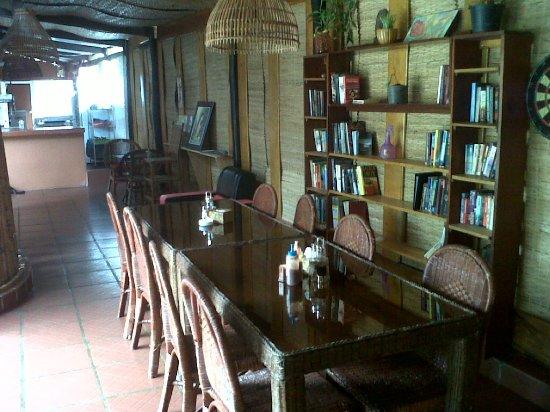 Hemingway Bungalows Bar