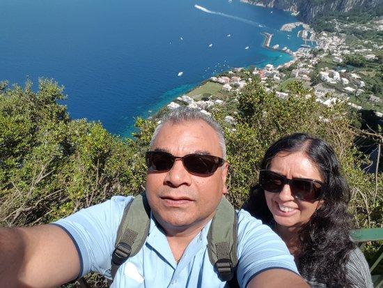 Сант'Аньелло, Италия: Raj & Sue