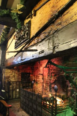 Giants Fireplace Bar at The Mermaid Inn Image