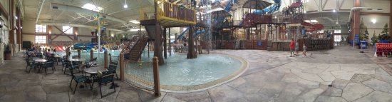 """Great Wolf Lodge : A panorama view of the water park, standing near the """"Bear Essentials"""" gift shop."""
