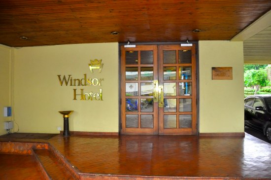 Windsor Hotel: enterance