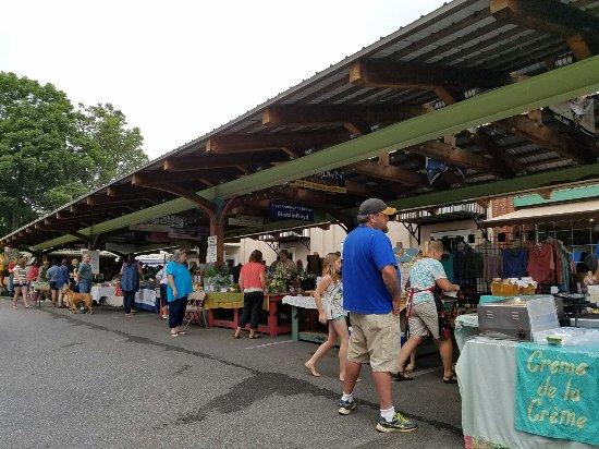 Floyd, VA: Market