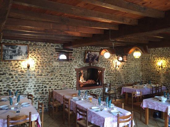 ferme auberge lacere mont de marsan restaurant avis num ro de t l phone photos tripadvisor. Black Bedroom Furniture Sets. Home Design Ideas