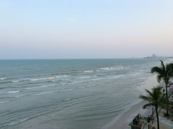 Imperial Hua Hin Beach Resort : Photo took from balcony