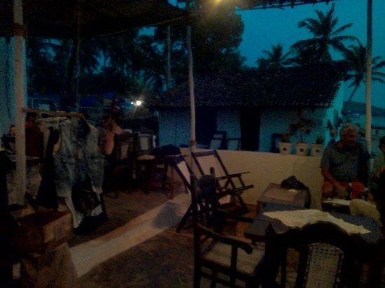 Anjuna, Índia: IMG_20160209_185435_large.jpg