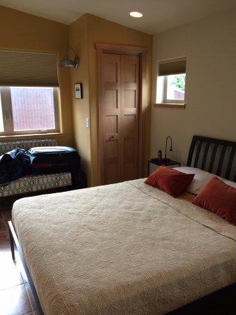 Wingate Flat, Bedroom