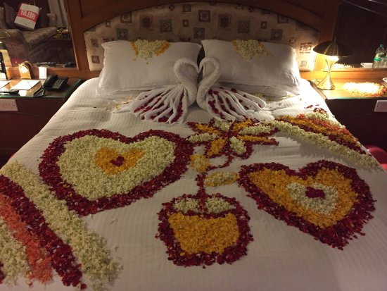 Hotel Sandesh The Prince: Lovely decoration by Sandesh The Prince staff ..
